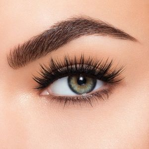 lilly lashes